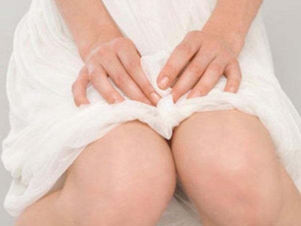Bác sĩ khoa sản giải đáp về thời gian được tắm gội của phụ nữ sau sinh