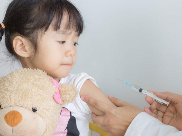 Bác sĩ Nhi giải thích lý do trẻ hay bị viêm hô hấp và cách tăng cường hệ miễn dịch - Ảnh 2