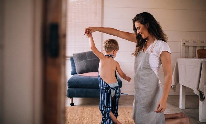 Chỉ 5 phút mỗi ngày làm việc siêu đơn giản này, bạn đang tạo nên một khác biệt lớn cho con - Ảnh 1