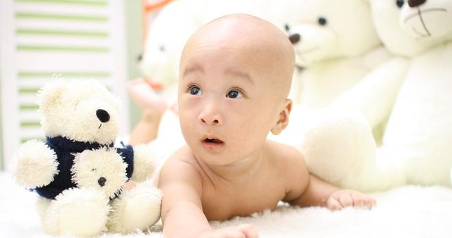 Hướng dẫn bố mẹ cách luyện cơ cho con để bé cứng cáp và nhanh biết đi - Ảnh 2
