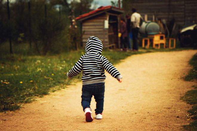Hướng dẫn bố mẹ cách luyện cơ cho con để bé cứng cáp và nhanh biết đi - Ảnh 5