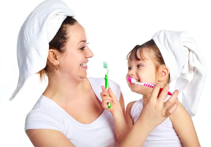 Mách mẹ những tuyệt chiêu giúp trẻ hứng thú với việc đánh răng hàng ngày - Ảnh 2