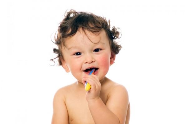 Mách mẹ những tuyệt chiêu giúp trẻ hứng thú với việc đánh răng hàng ngày - Ảnh 3