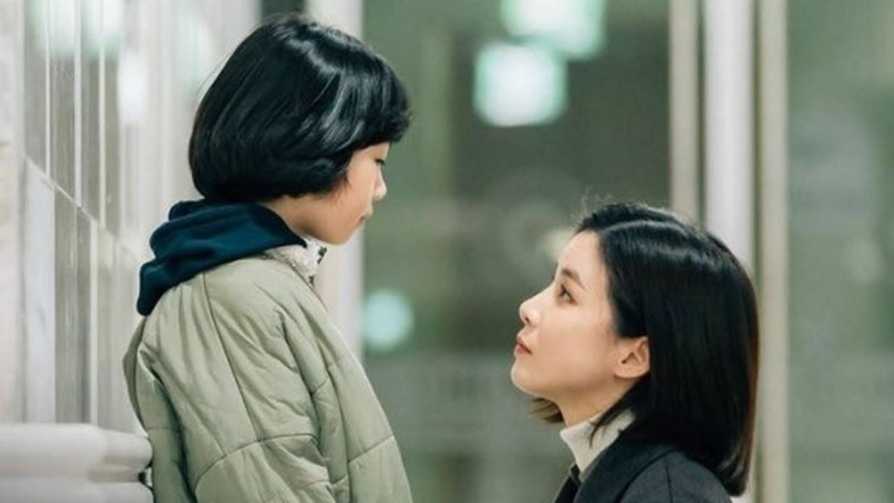 'Mẹ bận đi làm không có thời gian bên con, đừng giận mẹ' và câu trả lời của đứa con khiến mẹ cay đắng nhận ra sự thật phũ phàng - Ảnh 1