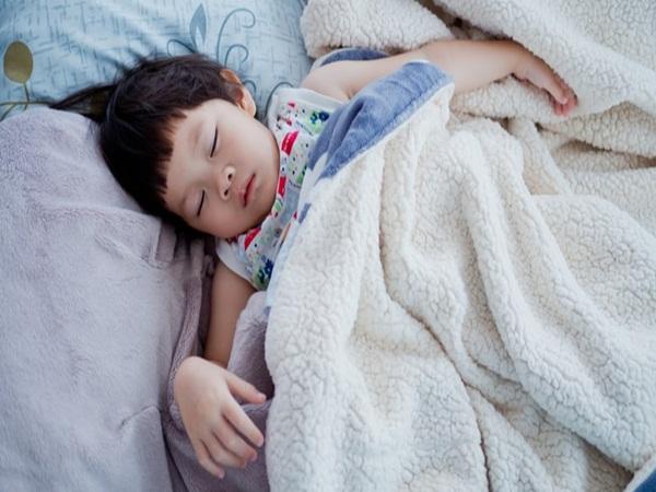 Muốn trẻ khỏe mạnh, thông minh, mẹ cần đặc biệt chú ý đến chất lượng giấc ngủ