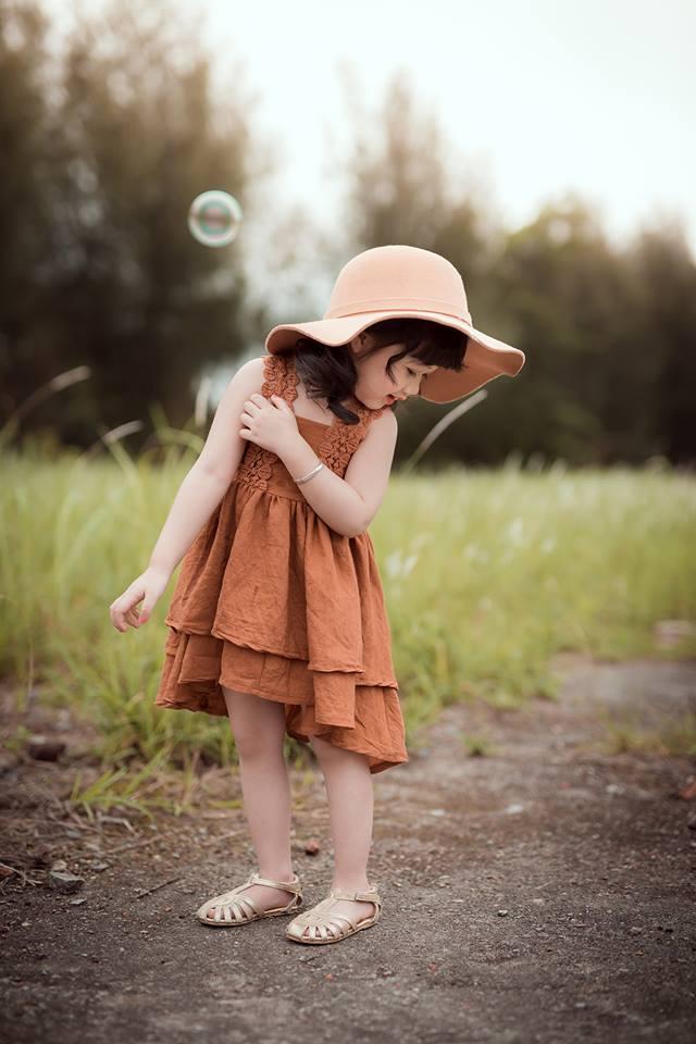 Ngắm bộ ảnh nàng công chúa nhí đẹp như thiên thần đánh cắp trái tim hàng triệu người - Ảnh 10