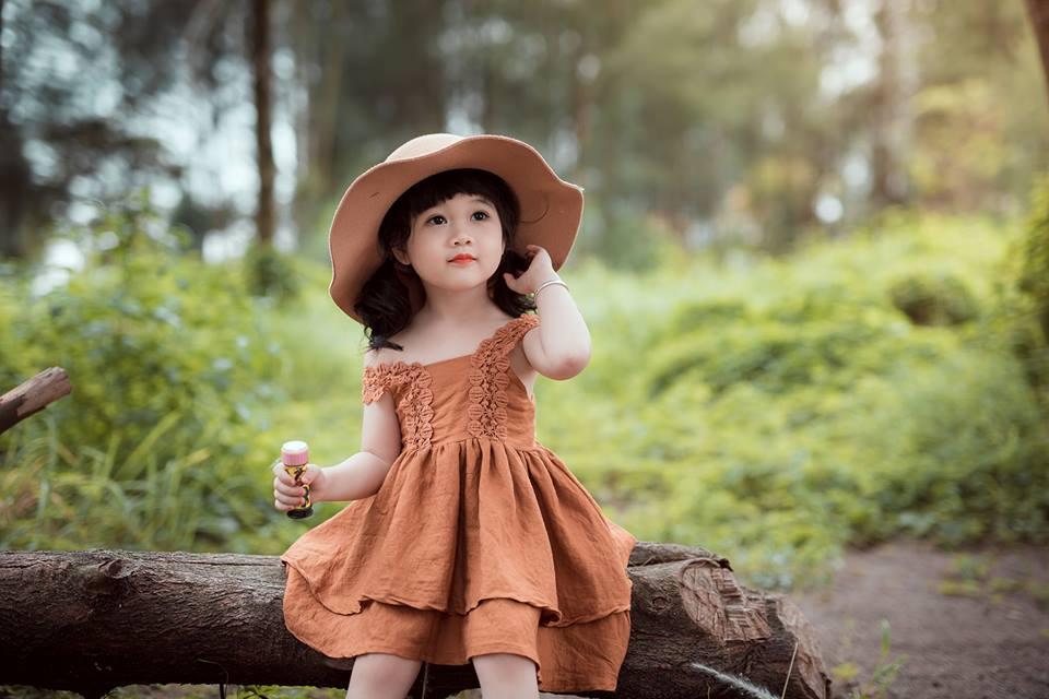 Ngắm bộ ảnh nàng công chúa nhí đẹp như thiên thần đánh cắp trái tim hàng triệu người - Ảnh 2