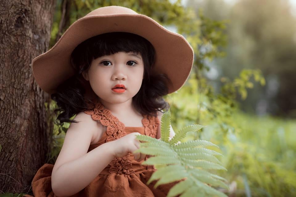 Ngắm bộ ảnh nàng công chúa nhí đẹp như thiên thần đánh cắp trái tim hàng triệu người - Ảnh 3