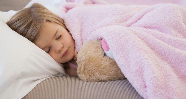 Ngủ đúng cách ở trẻ em có thể ngăn ngừa ung thư sau này - Ảnh 1