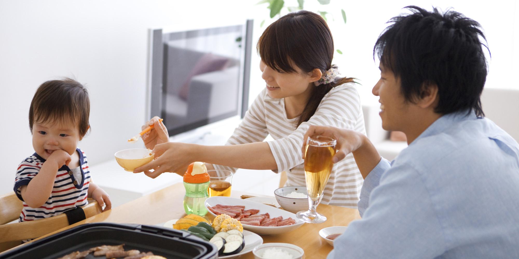 Tạo môi trường khoa học giúp trẻ có hành vi tốt trong việc ăn uống theo lời khuyên của chuyên gia - Ảnh 3