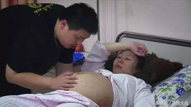Tưởng chân cháu dính bẩn, bà nội ra sức rửa, ai ngờ suýt chút nữa bác sĩ phải cắt bỏ - Ảnh 2