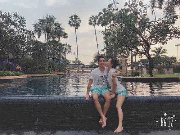 Hải Băng và Thành Đạt 'trốn con', hạnh phúc dắt nhau đi du lịch Thái Lan - Ảnh 6