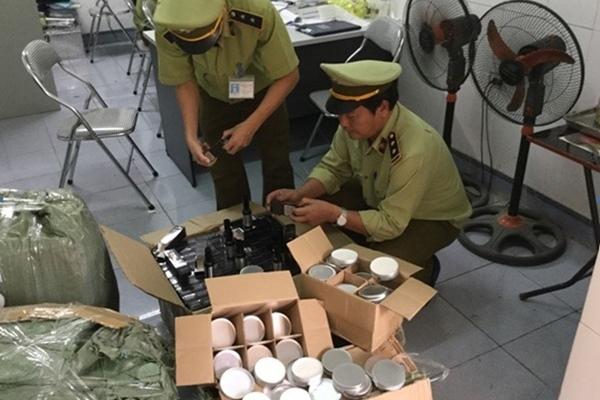 SỐC: Đua nhau mua mỹ phẩm ngoại nhập 'xách tay' Hàn, Úc, Mỹ, Pháp, Đức… hóa ra được sản xuất ngay trong nội địa Việt Nam - Ảnh 5