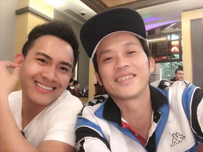 Võ Lê Thành Vinh sinh năm 1990, hiện đang sinh sống ở Mỹ.