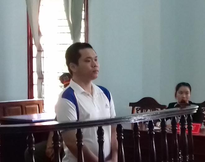 Lãnh 12 năm tù vì có yêu bạn gái 11 tuổi - Ảnh 1