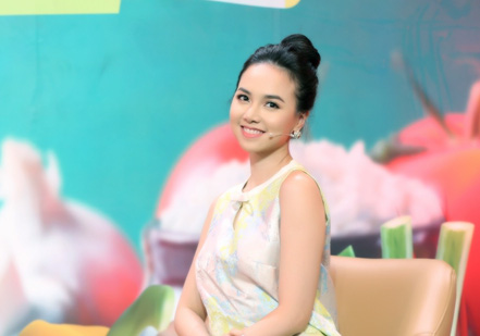 Hé lộ cuộc sống hôn nhân của diễn viên Đinh Ngọc Diệp với chồng đạo diễn