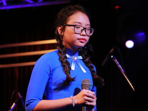 Phương Mỹ Chi nghẹn ngào xin lỗi vì để mẹ chịu khổ, nghe những lời chửi oan