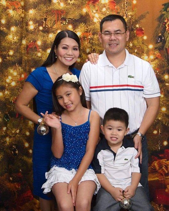 Cuộc sống viên mãn của Ngọc Huyền bên ông xã và 2 con.