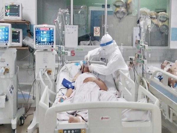 Sáng 16/9: Hơn 6.000 ca COVID-19 nặng và rất nặng đang điều trị