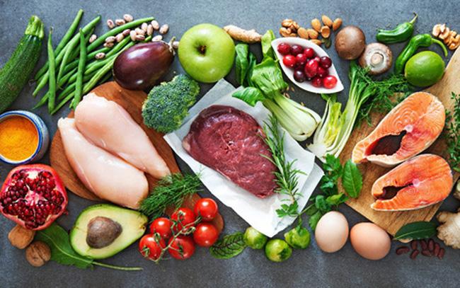 Chế độ dinh dưỡng cho người mắc COVID-19 tại nhà và khu cách ly - Ảnh 1