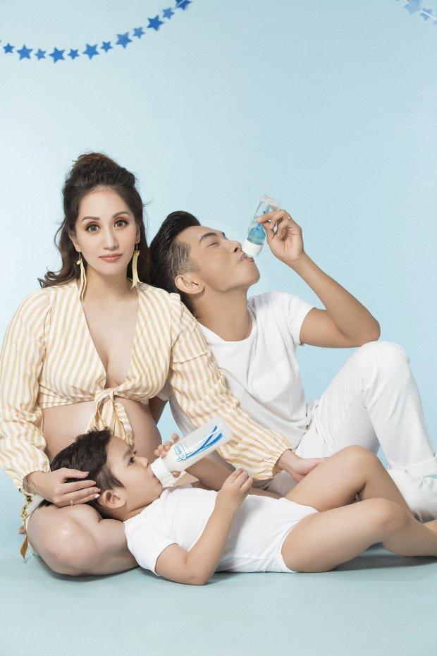 Trớ trêu, Khánh Thi khoe ảnh gia đình hạnh phúc nhưng dân mạng cứ ngỡ là 3 mẹ con - Ảnh 3