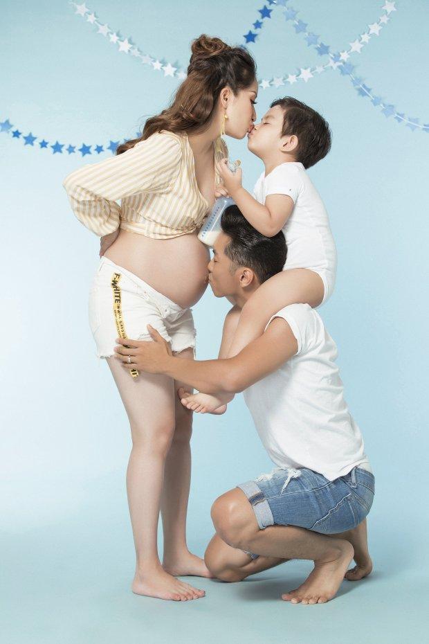 Trớ trêu, Khánh Thi khoe ảnh gia đình hạnh phúc nhưng dân mạng cứ ngỡ là 3 mẹ con - Ảnh 4