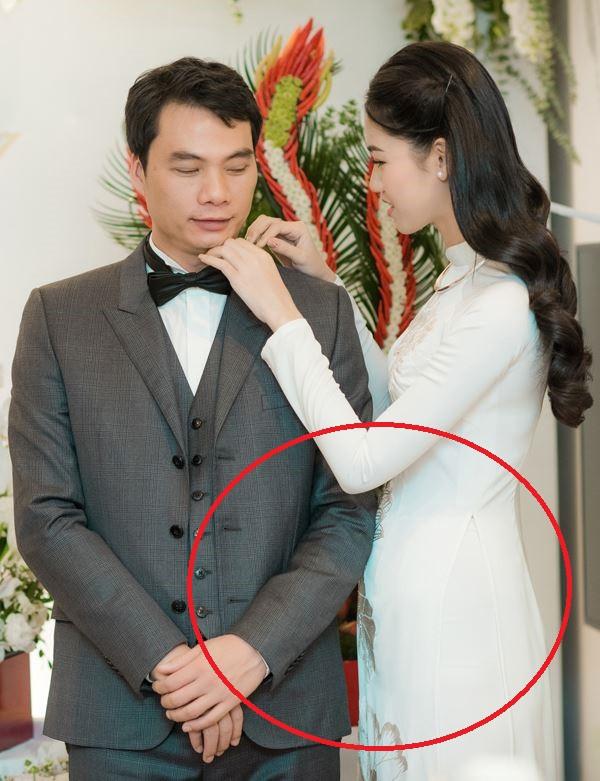 Choáng với nhan sắc của Á hậu Thanh Tú sau hai tháng rưỡi lên xe hoa với chồng hơn 16 tuổi - Ảnh 3
