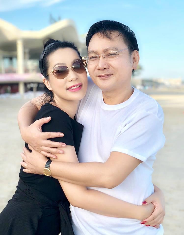 Á hậu Trịnh Kim Chi viết tâm thư xúc động cho chồng nhân kỷ niệm 18 năm ngày cưới - Ảnh 5