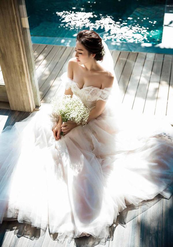 Á hậu Tú Anh xác nhận lên xe hoa với bạn trai cũ Văn Mai Hương vào tháng tới - Ảnh 2
