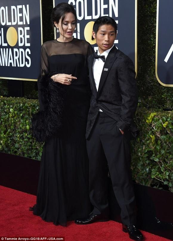Ngỡ ngàng với vẻ ngoài già dặn của Pax Thiên - cậu bé Việt Nam duy nhất được Angelina Jolie nhận nuôi - Ảnh 2