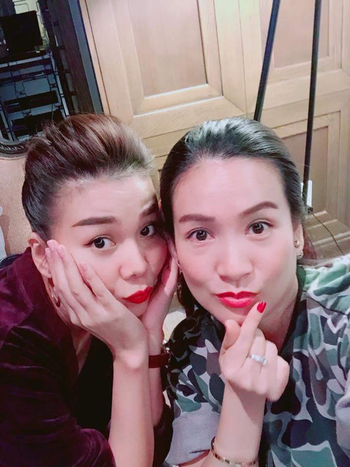 Năm mới sang, vợ Bình Minh tiết lộ mối quan hệ 'sốc' với Thanh Hằng - Ảnh 1