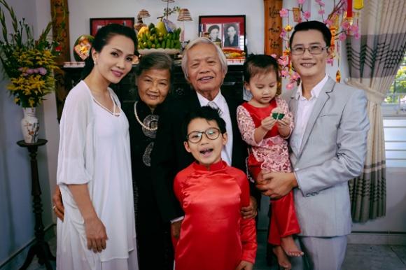 Nghe tin bố Hoàng Bách đột ngột qua đời, loạt sao Việt vội vã gửi lời chia buồn - Ảnh 1