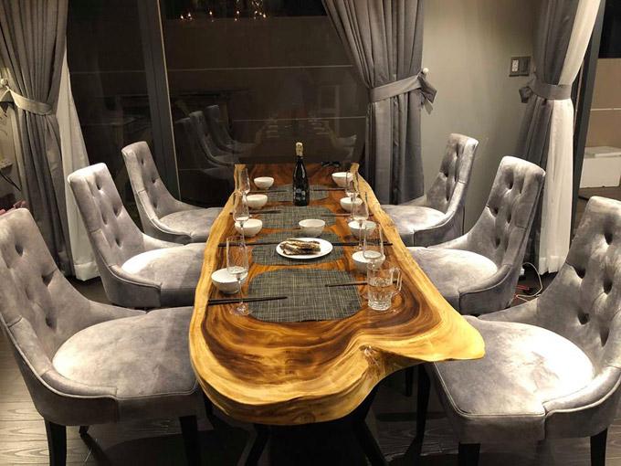 Choáng ngợp với cuộc sống sang chảnh của Cao Thái Sơn trong căn villa đẹp như hoàng cung - Ảnh 6