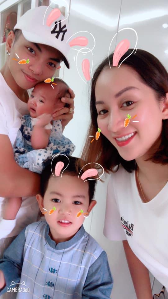 Sinh non nặng 2,2kg, con gái út Khánh Thi - Phan Hiển giờ đã bụ bẫm đáng yêu như thiên thần - Ảnh 1