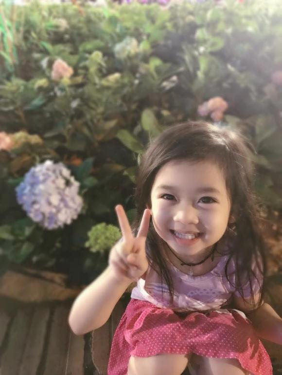Mẹ nằm viện, con gái Mai Phương đón sinh nhật trong buồn bã và không được đến trường suốt một tháng qua  - Ảnh 11