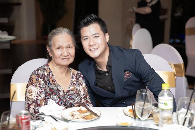 Xúc động với món quà sinh nhật đặc biệt của con trai Quang Dũng gửi tặng bố - Ảnh 3