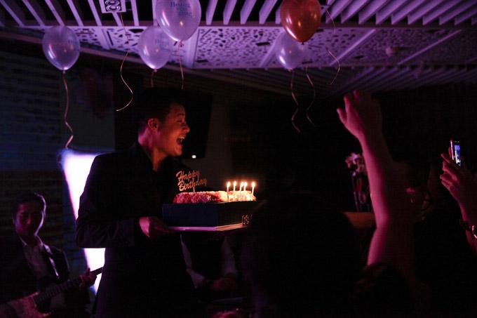 Xúc động với món quà sinh nhật đặc biệt của con trai Quang Dũng gửi tặng bố - Ảnh 5