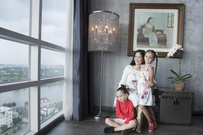 Hồng Nhung mang hai con rời khỏi biệt phủ triệu đô, đang sống ở nơi này sau ly hôn chồng Tây - Ảnh 2