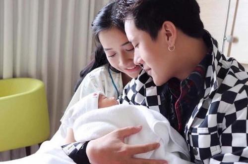 Em gái Nhã Phương khoe nhan sắc xinh đẹp khó tin sau sinh con - Ảnh 4