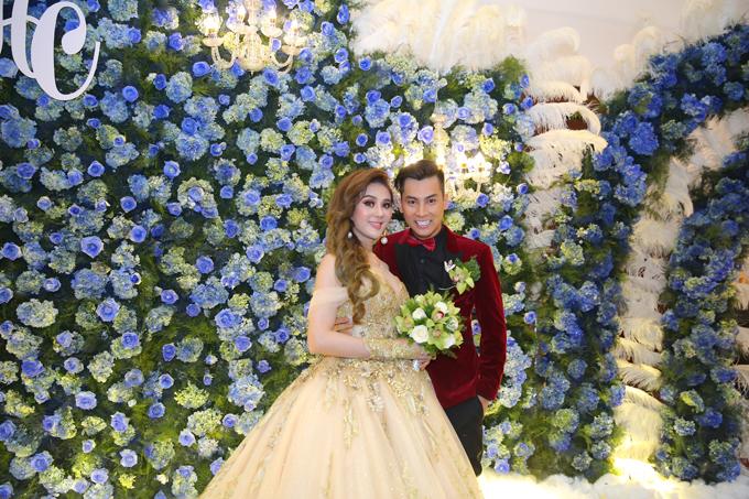 Nhìn lại những khoảnh khắc vui tươi nhưng đầy xúc động trong đám cưới Lâm Khánh Chi: Ai cũng xứng đáng có được hạnh phúc! - Ảnh 1
