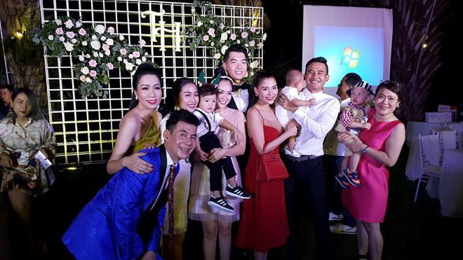 Trương Nam Thành tổ chức đám cưới lần nữa với doanh nhân hơn tuổi, đông đảo sao Việt tham dự - Ảnh 3