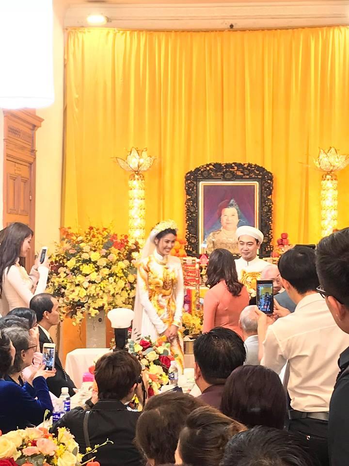 Lan Khuê đeo vàng và kim cương nặng muốn gãy cổ trong đám hỏi với cháu nội bà Tư Hường - Ảnh 2