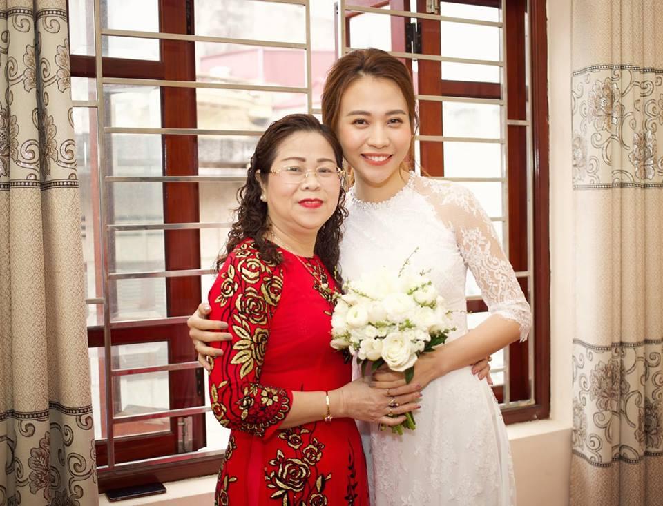 Đàm Thu Trang lần đầu đăng ảnh cô dâu và lời tâm sự xúc động dành cho mẹ - Ảnh 1