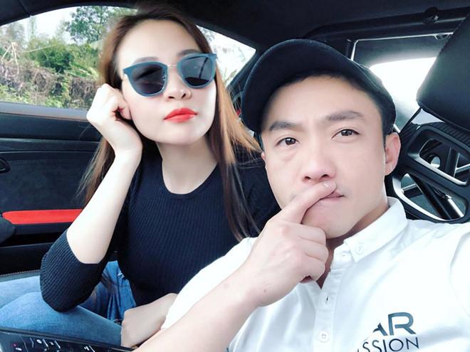 Đàm Thu Trang nhận bó hoa hồng khổng lồ vẫn lên tiếng trách móc Cường Đô la - Ảnh 2