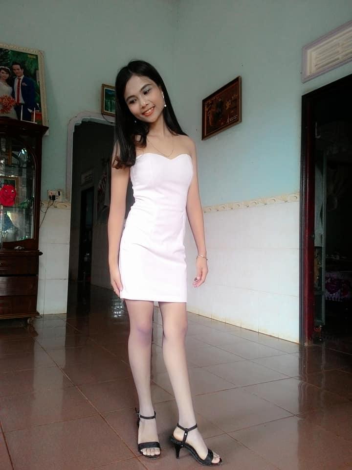 Lộ diện nhan sắc em gái tân Hoa hậu Hoàn vũ Việt Nam H'Hen Niê, được nhận xét xinh đẹp hơn cả chị - Ảnh 9