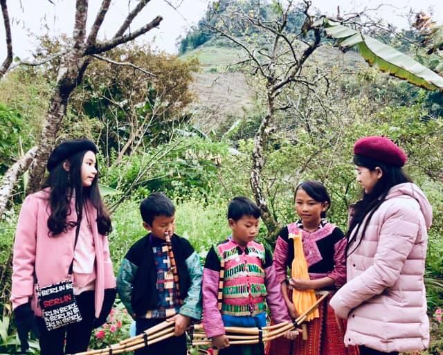 Gia đình MC Quyền Linh gây bão với bộ ảnh tuyệt đẹp ở Mộc Châu - Ảnh 11