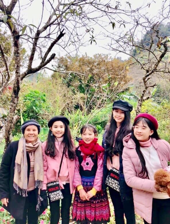 Gia đình MC Quyền Linh gây bão với bộ ảnh tuyệt đẹp ở Mộc Châu - Ảnh 7