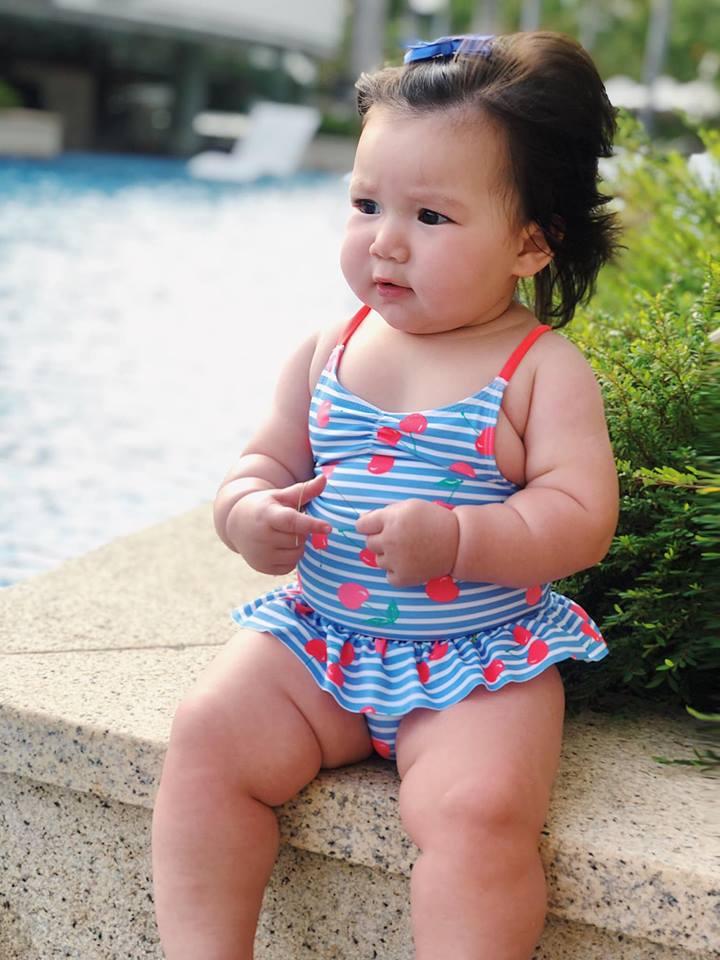 Loạt biểu cảm siêu đáng yêu của con gái Hà Anh khiến dân mạng thích mê - Ảnh 10