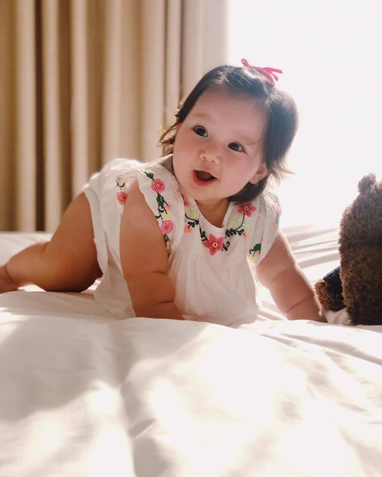Loạt biểu cảm siêu đáng yêu của con gái Hà Anh khiến dân mạng thích mê - Ảnh 11