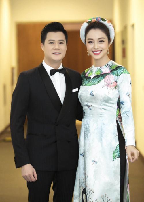 Chạm mặt chồng cũ Quang Dũng tại sự kiện, Jennifer Phạm phản ứng bất ngờ - Ảnh 2